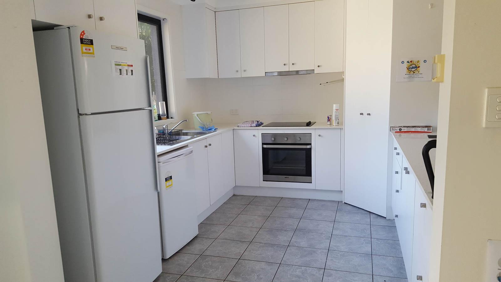 Student_Houses_BBELS_Oakland Kitchen