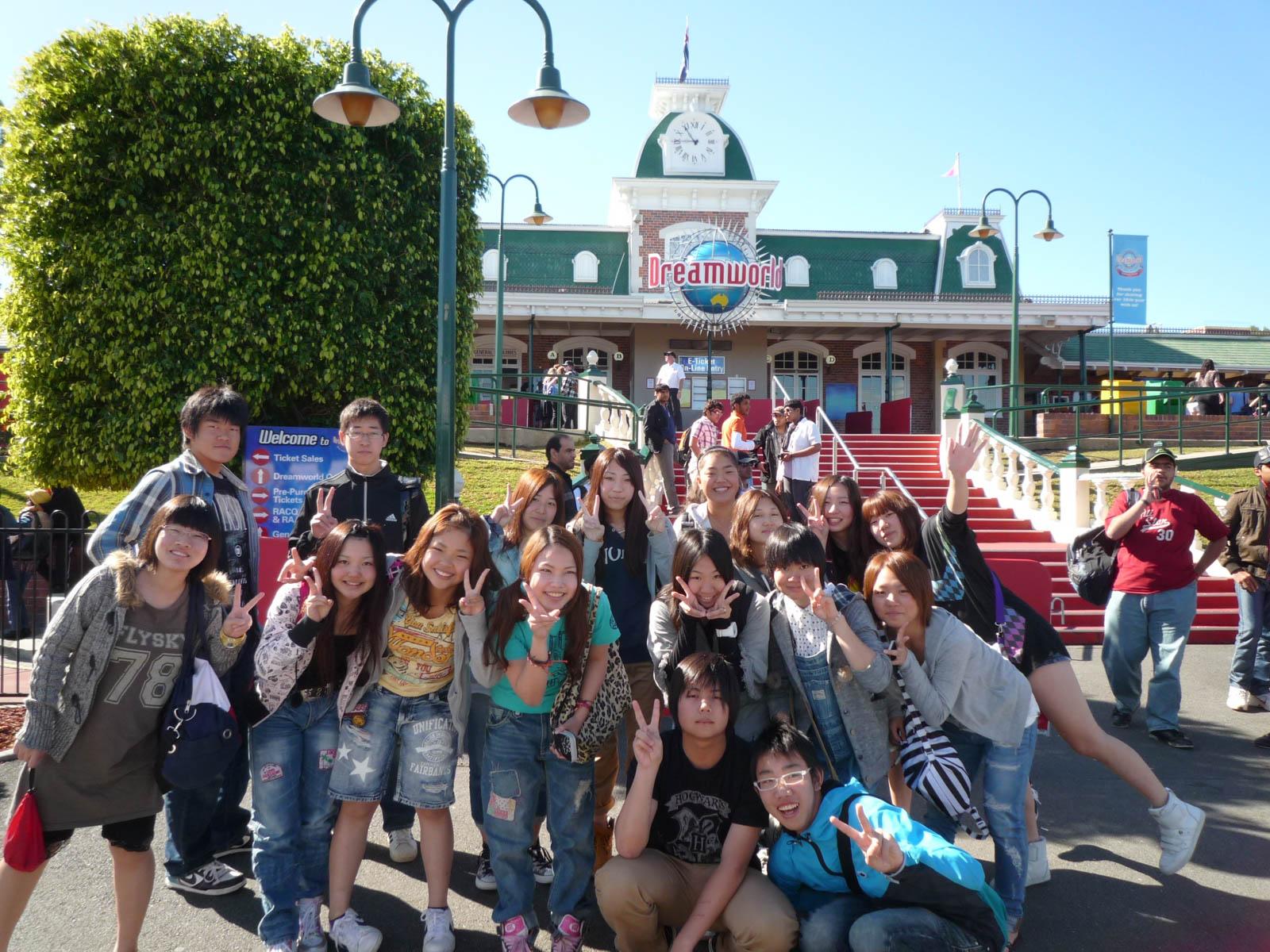Teen_group_program_BBELS-P1080539