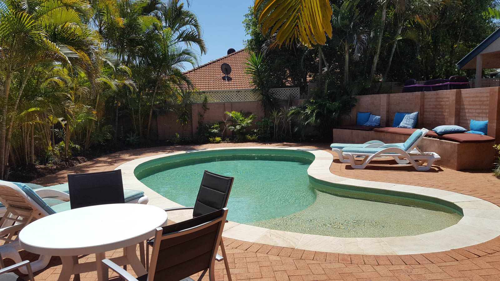 Student_Houses_BBELS_Las Casa Pool
