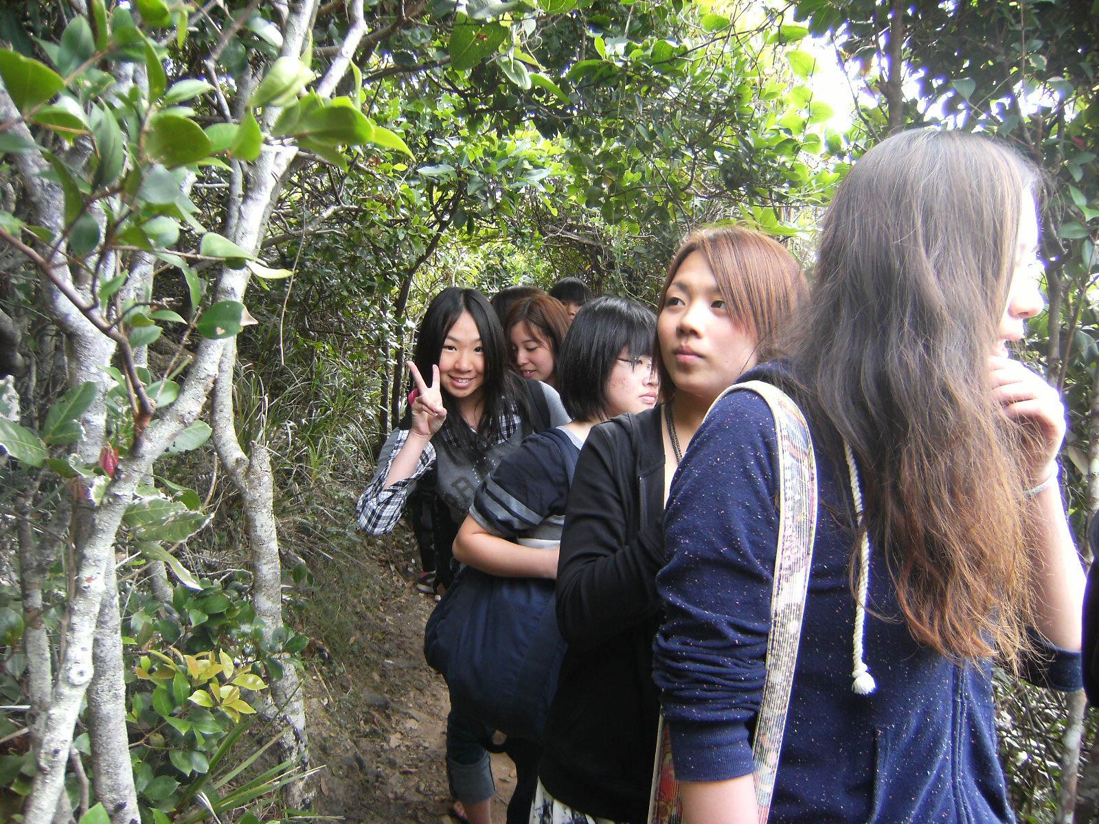 Teen_group_program_BBELS-DSCF5844